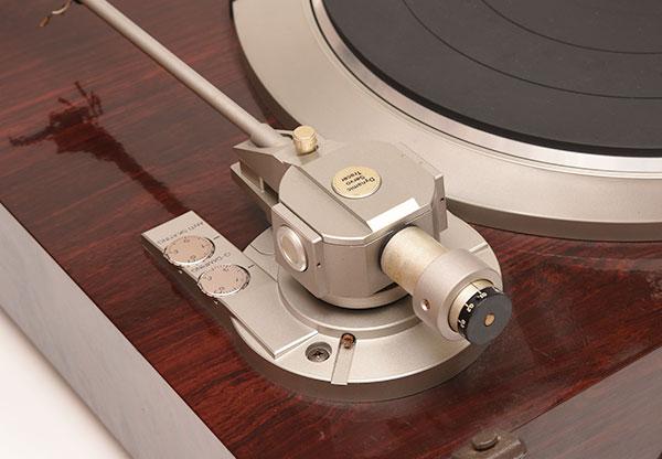 オーディオデノンレコードプレーヤーDP-57Lを高価買取